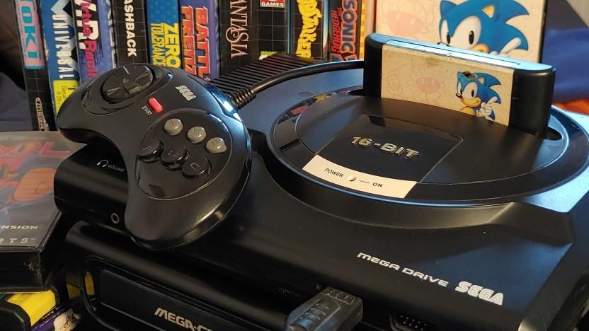 Cooler geht es wohl kaum - das schwarze Mega Drive ist eine der bestaussehendsten Konsolen