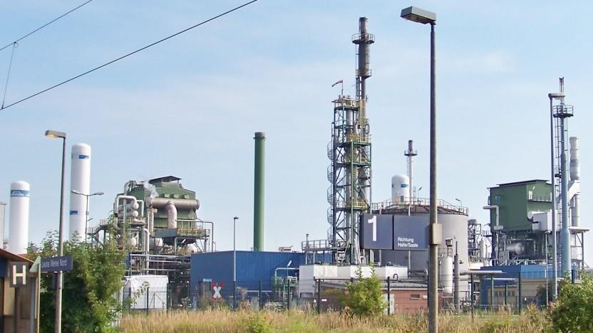 Im Chemiepark in Leuna baut die Linde AG einen neuen Dampfreformer, um aus Erdgas Wasserstoff herzustellen.