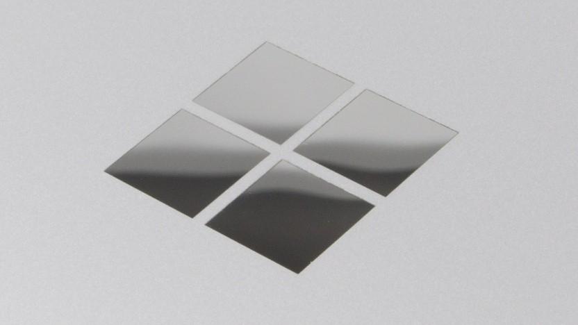 Surface-Logo auf einem Surface Pro