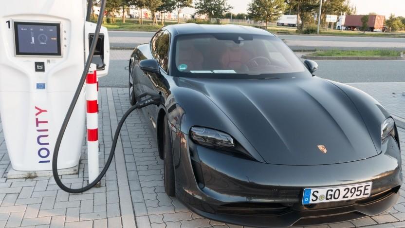 Mit billigen Akkus müssen Elektroautos nicht mehr nur teurer Luxus sein.