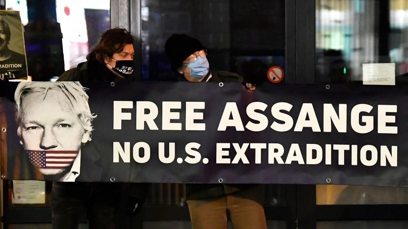 Protestierende vor der britischen Botschaft in Brüssel