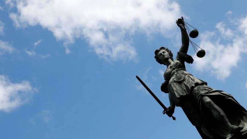Justitia (Symbolbild): Hass und Hetze im Internet sind eine Gefahr für unsere Demokratie.