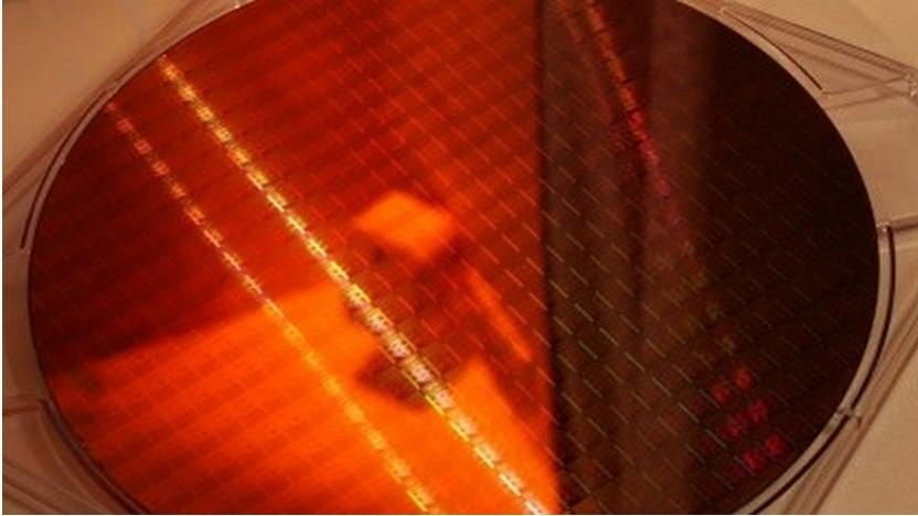 Ein Wafer mit 14-nm-Chips von Intel