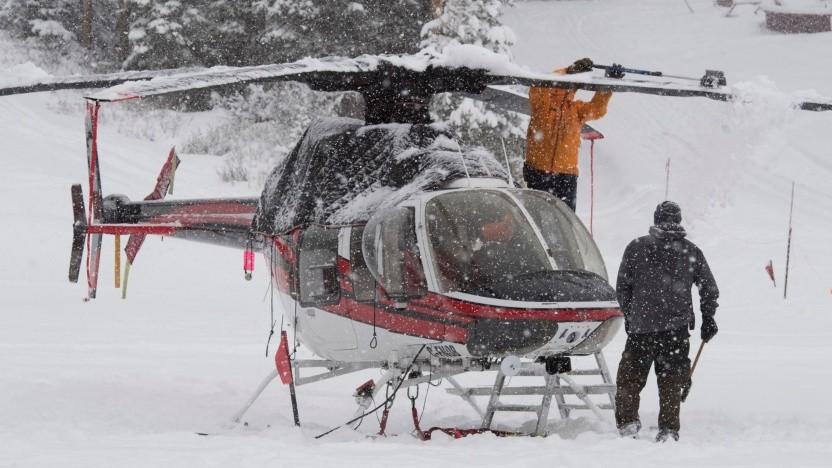 Rettungshelikopter in den Alpen