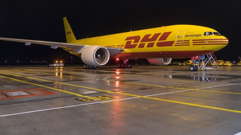 Frachtflugzeug von DHL