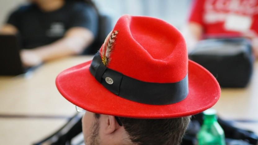 Red Hat will CentOS-Nutzer zurückholen.