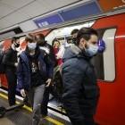 Corona-Pandemie: Telefonieverbot im Bussen und Bahnen wird diskutiert