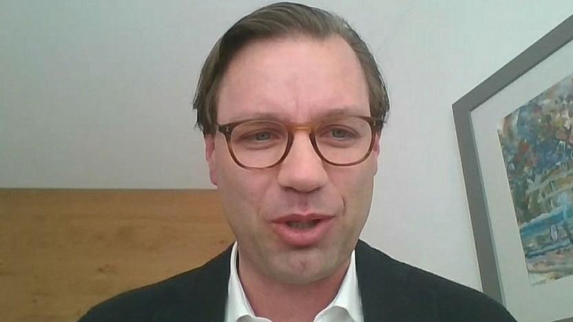 Vodafone-Chef-Lobbyist Michael Jungwirth beim ersten Panel des Gigabit-Symposiums