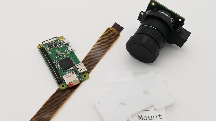 Die Zutaten für die Pi-Webcam-Bastelei