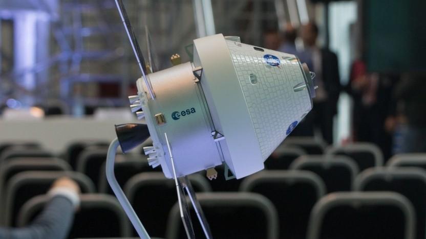 Modell der Orion-Kapsel mit Servicemodul: Arbeitsplätze, Know-how und Plätze für europäische Besatzungsmitglieder