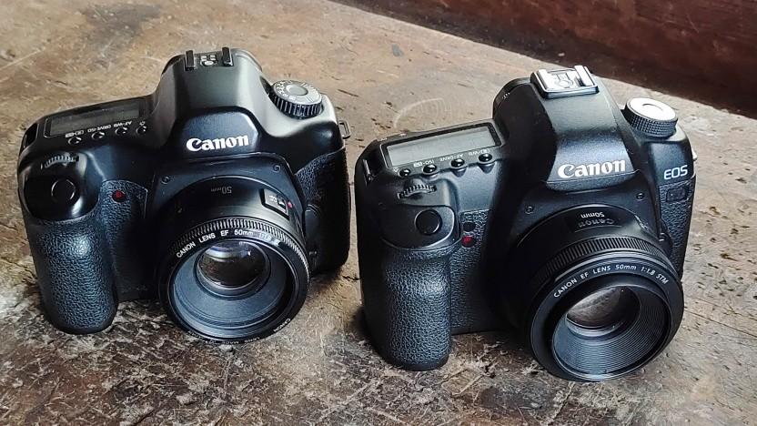 Gut gealtertes Fotografie-Werkzeug: die 5D Classic (l.) und Mark II (r.)