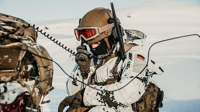 Motorola Solutions: US-Konzern stattet Bundeswehr mit mehr Tetra und LTE aus