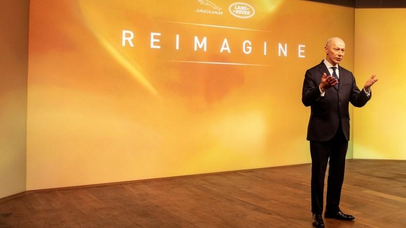 Firmenchef Thierry Bolloré präsentiert die Reimagine-Strategie.
