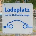 Laden von E-Autos: Spitzentreffen zu möglichen Engpässen im Stromnetz