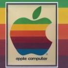 Angebissener Regenbogen-Apfel: Alte Apple-Reklame soll 12.000 US-Dollar bringen