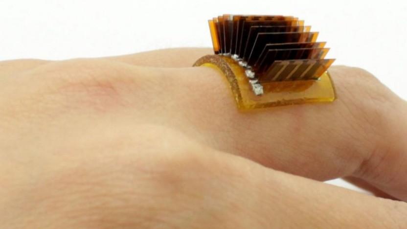 Thermoelektrische Chips auf einer flexiblen Trägerschicht