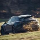Geröll, Matsch und Schotter: Taycan Cross Turismo im Extremtest bei Porsche