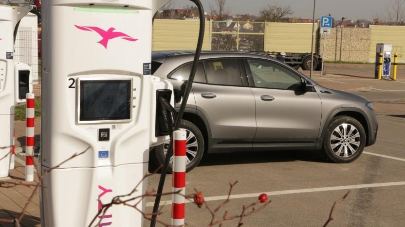Die Studie hält Elektroautos für deutlich umweltfreundlicher als Verbrenner.