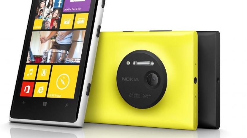 Ein Bild aus glorreichen Nokia-Zeiten: das Lumia 1020 mit 41-Megapixel-Kamera