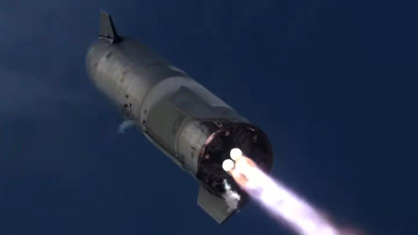 Beim Landeanflug des Starship zündeten diesmal alle drei Triebwerke und die Landung gelang.