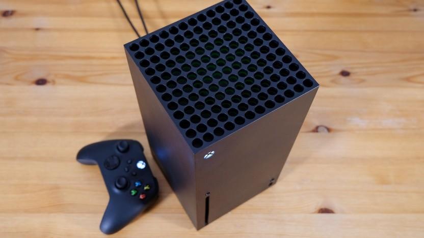 Xbox Series X mit Gamepad