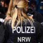 Rechte Chats in NRW: Sechs Polizisten entlassen, 251 verdächtig