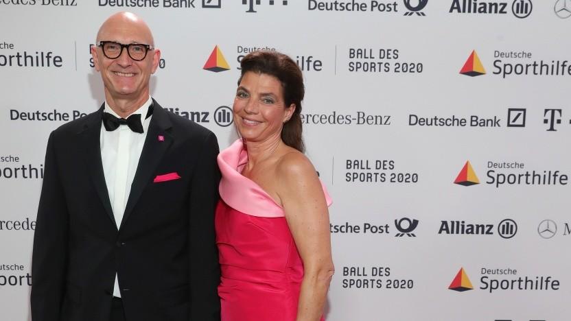 Tim und Adriane Höttges nehmen an der Gala Ball des Sports 2020 im Rheinmain Congress Center am 1. Februar 2020 teil.