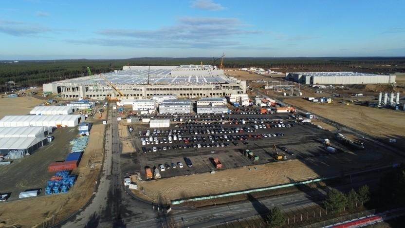 Die Baustelle des Tesla-Werks in Grünheide bei Berlin