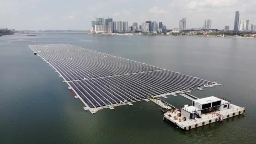 Schwimmendes Solarkraftwerk vor Singapur: geringes Risiko für Vandalismus oder Diebstahl