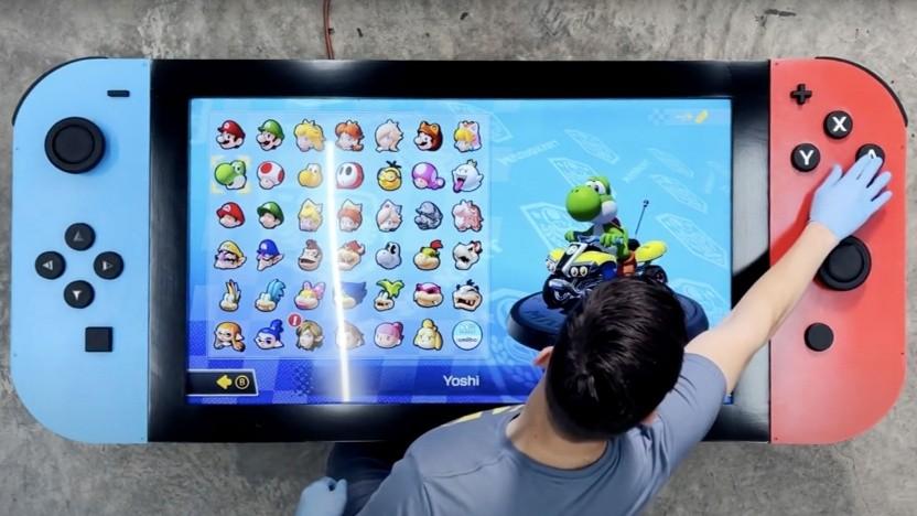 Diese Version der Nintendo Switch passt in keine Hosentasche.