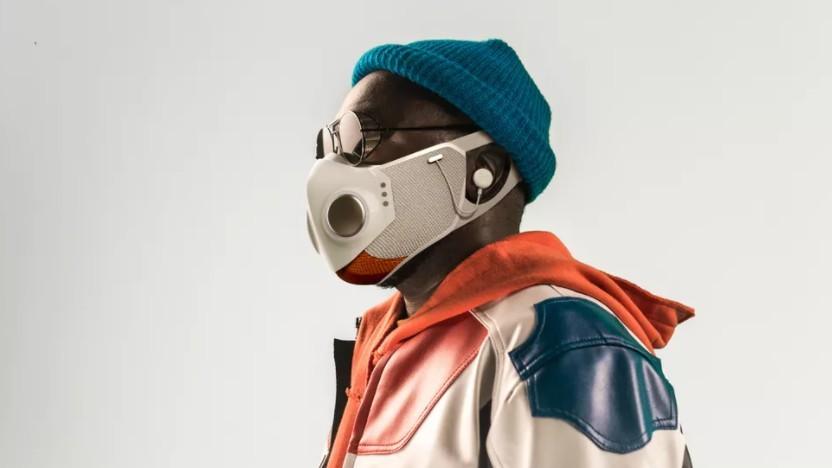 Die Xupermask integriert Ohrstöpsel.