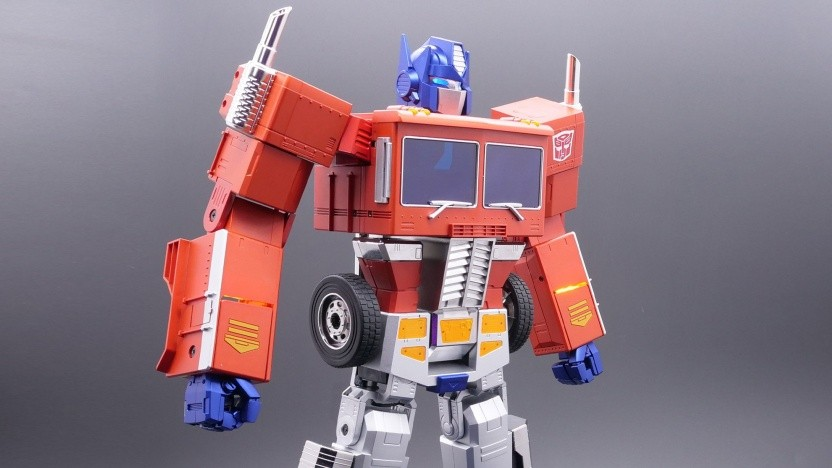Transformers Optimus Prime Auto-Converting Programmable Advanced Robot -- Collector's Edition