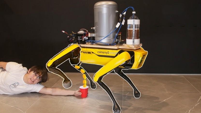 Roboterhund Spot mit Bier-Funktion