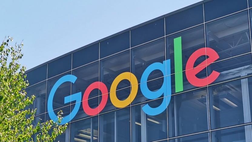 Google arbeitet an neuen Funktionen für seinen Sprachassistenten.