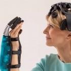 Medizintechnik: Patienten lernen mit BCI und Roboterhand greifen