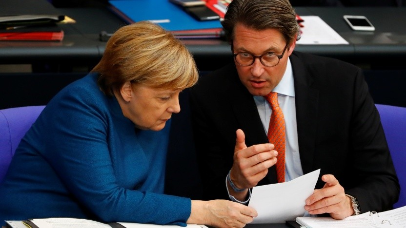 Bundeskanzlerin Angela Merkel (CDU) und Infrastrukturminister Andreas Scheuer (CSU)