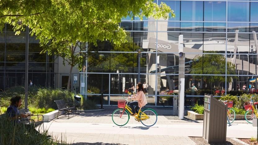 Google-Mitarbeiter müssen künftig nicht mehr zwingend im Büro erscheinen.