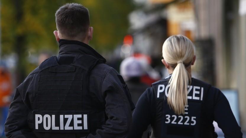 Polizeikräfte im Einsatz (Symbolbild)