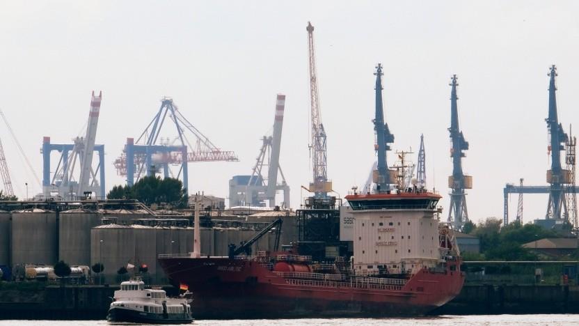 Der Wasserstoffnetz-Bau in Hamburg soll dort starten, wo besonders viel Energie gebraucht wird: im Hafen.