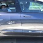 Tesla-Autopilot: Fahrer lässt sich unterwegs auf Rückbank filmen