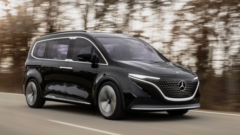 Mercedes EQT: Sterne im Glasdach