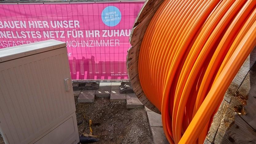 Telekom startet Glasfaser-Ausbau in Karlsruhe im Stadtteil Südweststadt.