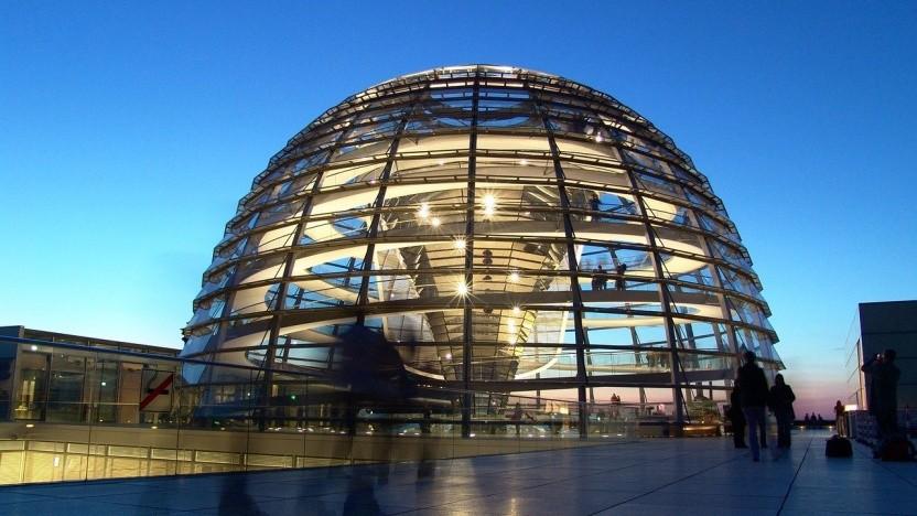 Die Bundestagswahl könnte durch Hacker-Angriffe beeinflusst werden, befürchtet Horst Seehofer.