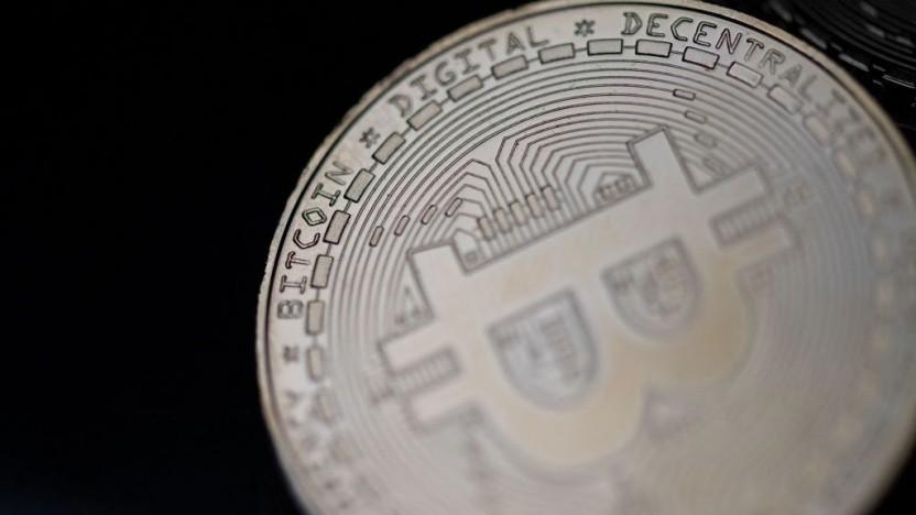 Wer in den Handel mit Bitcoin & Co. einsteigt, läuft dieser Tage Gefahr, Opfer eines Betrugs zu werden.