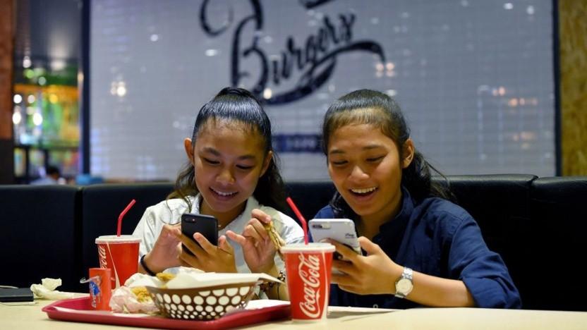Über die App Newnew können Smartphone-Nutzer das Verhalten von Influencern beeinflussen.