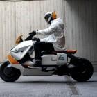 BMW CE 04 E: BMW-Elektroroller im Sci-Fi-Design wird bereits getestet
