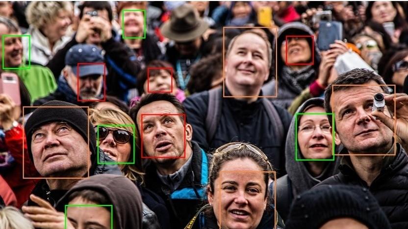 Amazon setzt die Nutzung seiner Gesichtserkennung bei der Polizei weiter aus.