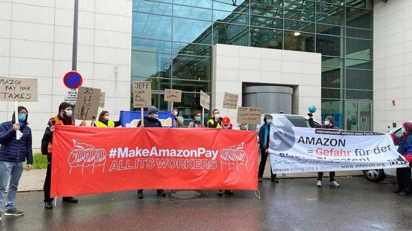 Protest vor der Europa-Zentrale von Amazon in Luxemburg