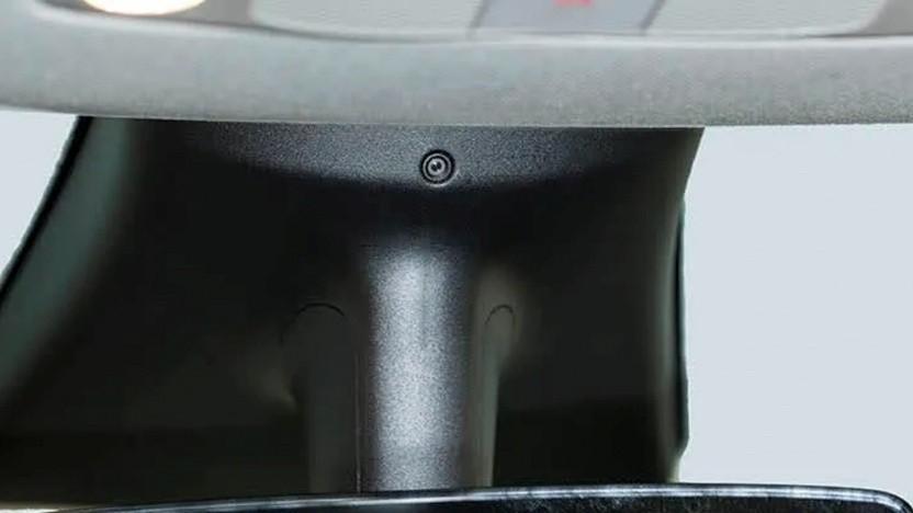 Die Innenraumkamera beim Tesla Model 3 und Y