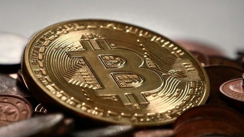 Bitcoin bleibt volatil.